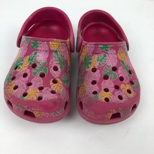 Crocs || toddler slipon 8-9